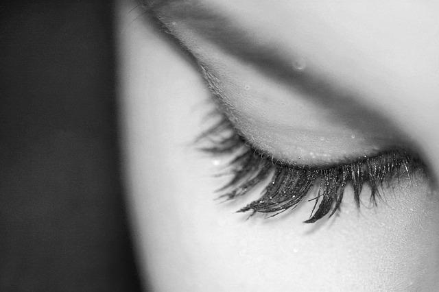 zavřené oko