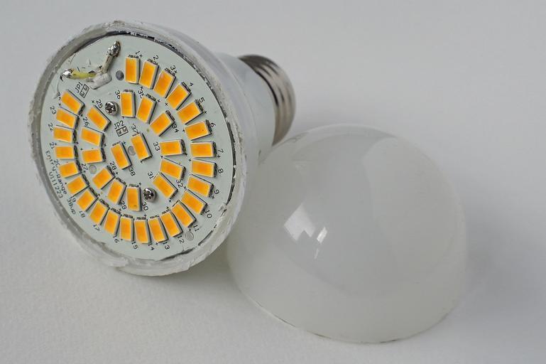 LED lampa.jpg